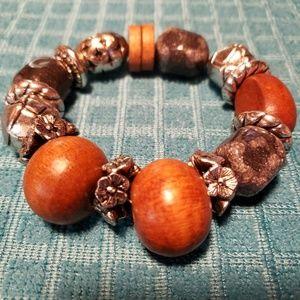 Brown wooden bead stretch bracelet